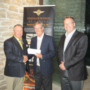 yellow_Wings_cheque_presentation2
